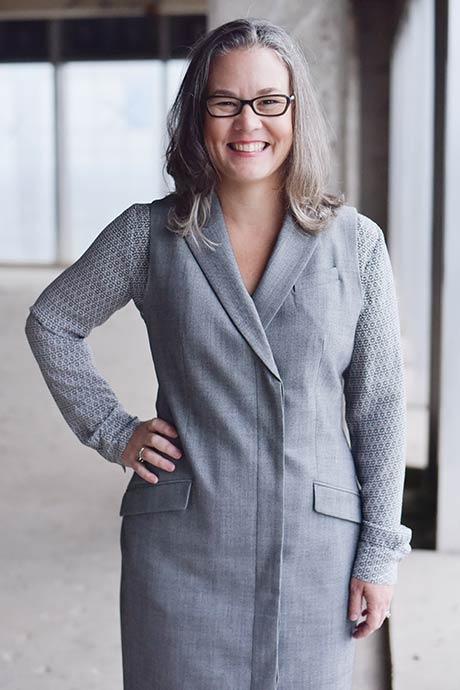 Jennifer Picquet-Reyes Vertical